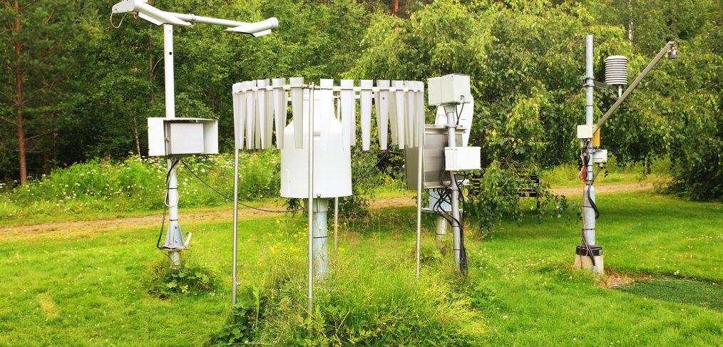 Une-station-meteo-de-jardin-idee-cadeau-original