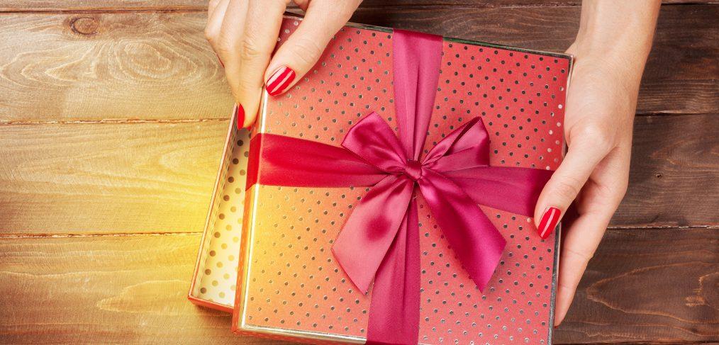 mettez-de-la-beaute-dans-vos-idees-cadeaux-de-noel