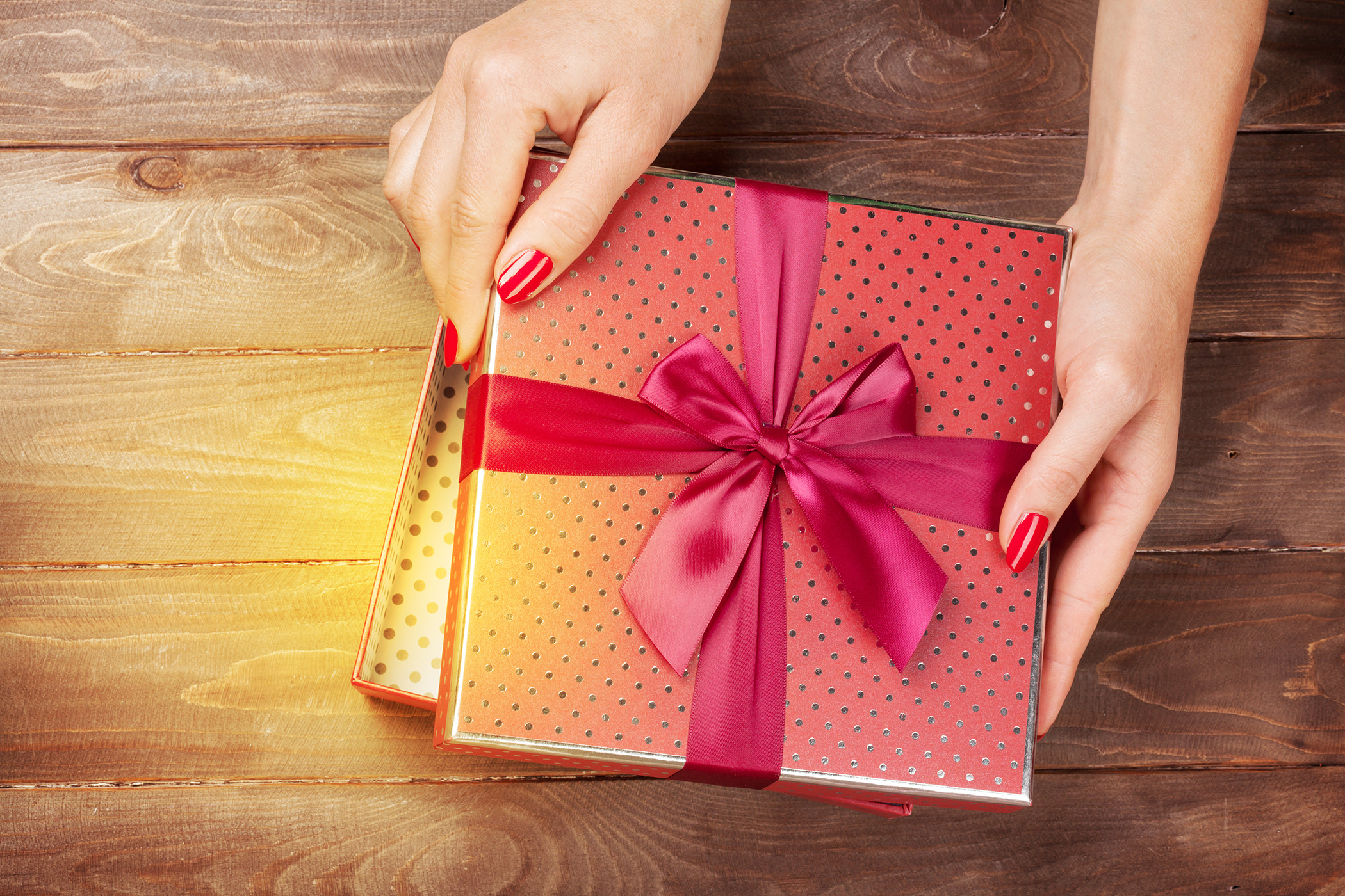 mettez de la beaut dans vos id es cadeaux de no l idee cadeau original. Black Bedroom Furniture Sets. Home Design Ideas