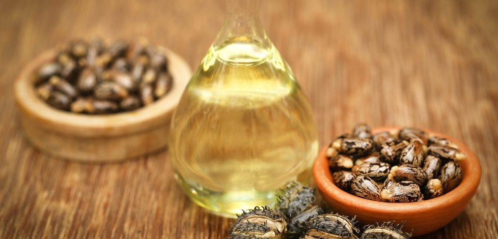 L-huile-de-Ricin-un-allie-de-taille-pour-la-beaute-des-cheveux